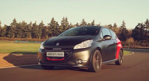 Essai de la Peugeot 208 GTi 30th par Chris Ingram