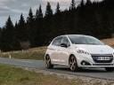 Photos officielles des essais de la Peugeot 208 restylée
