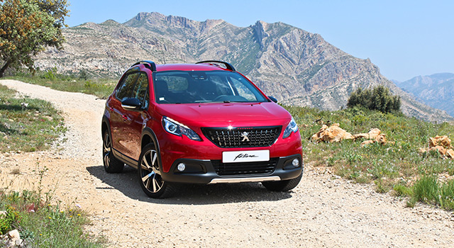 Essai nouvelle Peugeot 2008 restylée : le petit SUV s'affirme