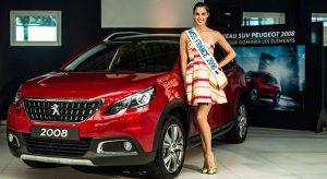Iris Mittenaere, Miss France 2016, a reçu les clés de sa nouvelle Peugeot 2008 !