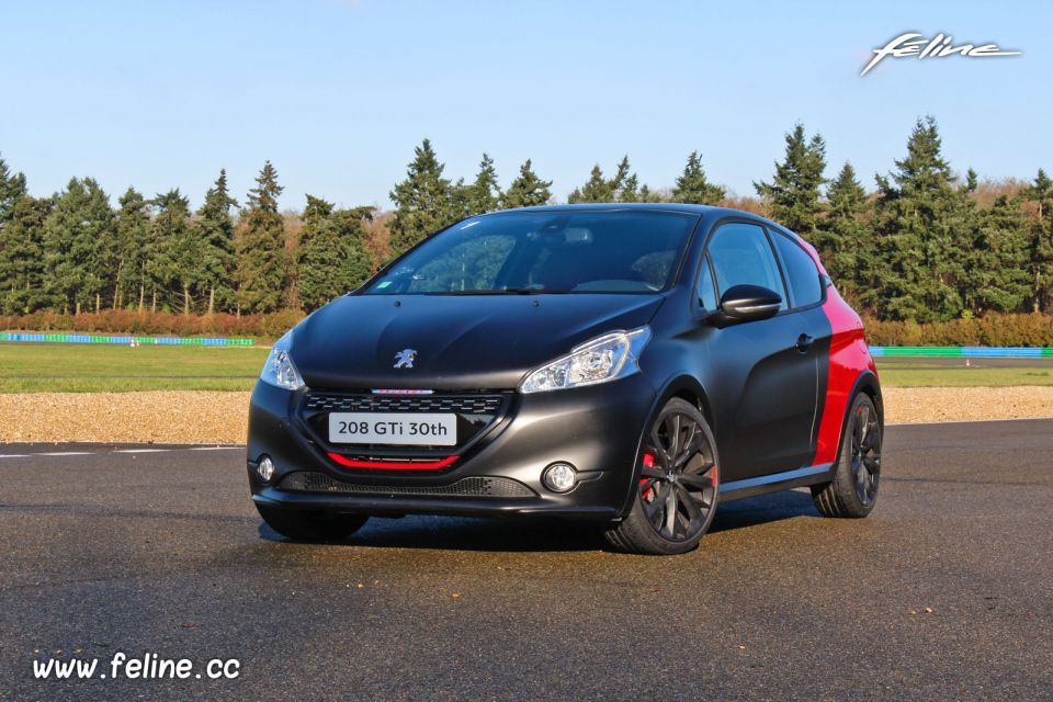 essai peugeot 208 gti 30th 1 6 thp 208 la gti ultime essais f line 208. Black Bedroom Furniture Sets. Home Design Ideas