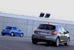 Peugeot 208 Allure Spirit Grey - Peugeot 207 Allure Bleu Belle Ile