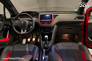 Intrieur Peugeot 208 GTi