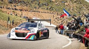 La Peugeot 208 T16 Pikes Peak, voiture de rallye de l'année 2013