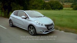 Publicité Peugeot 208 UK - Gary's Cat - 2012