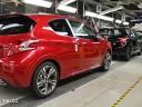 Fabrication de la Peugeot 208 à Poissy (78)