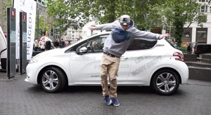 "Vidéo Best Of Concours Peugeot 208 ""Let Your Body Win On Tour"" (Allemagne)"