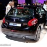 Photo Peugeot 208 Allure Noir Perla Nera 1.2 VTi 82 - Mondial de Paris 2012 - 3-004