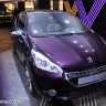 3/4 avant Peugeot 208 XY 1.6 THP 155 Purple Night - Mondial de Paris 2012 - 8-003
