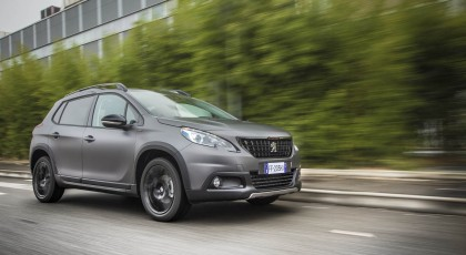 Photos Peugeot 2008 Black Matt