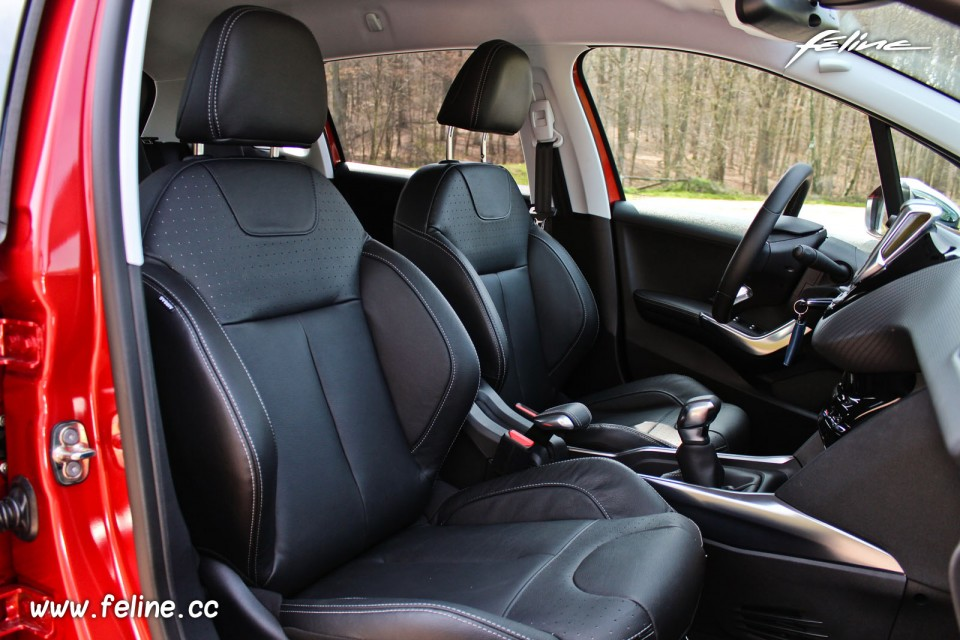 avis couleur sur la voiture 2008 allure puretech 130 voitures. Black Bedroom Furniture Sets. Home Design Ideas