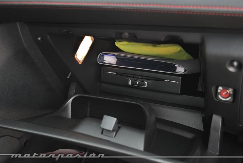 boite a gant peugeot 207 inspiration voitures. Black Bedroom Furniture Sets. Home Design Ideas