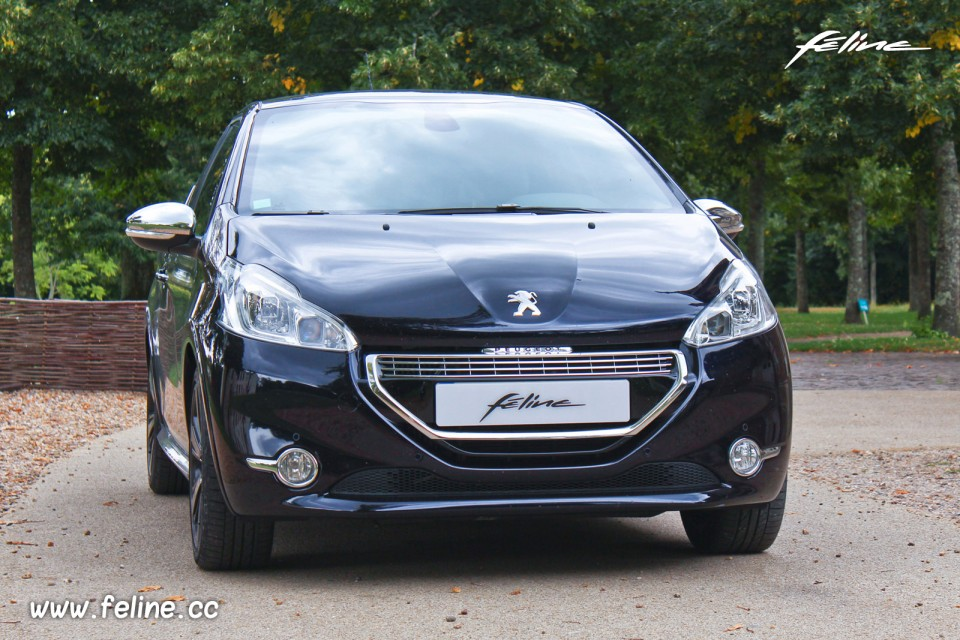 photo essai peugeot 208 xy dark blue 1 6 thp 155 ch photos peugeot 208 2008 f line 208. Black Bedroom Furniture Sets. Home Design Ideas