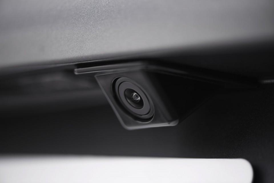 Installation camera d'origine Peugeot en seconde monte ...